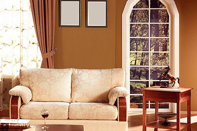 Tùy thuộc vào tài chính và không gian mà bạn nên chọn chất liệu ghế sofa là da hay vải