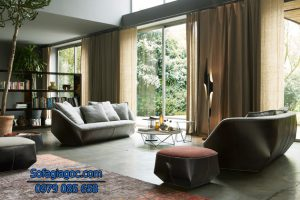 Bài trí sofa phù hợp với các đồ trang trí nội thất khác trong phòng