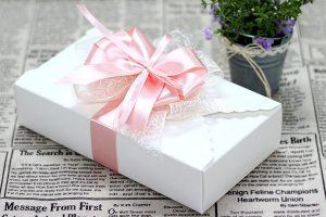 quà tặng người nước ngoài