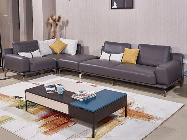 Đặt sofa dọc theo tường dài nhất